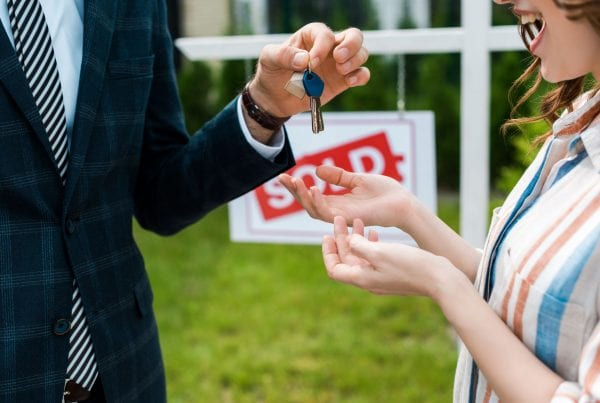 Buying And Selling Houses in Las Vegas